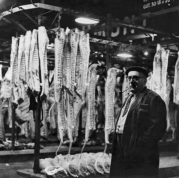 Monsieur, 1953