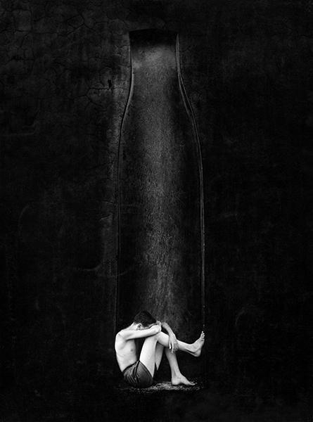Black wall, 1954