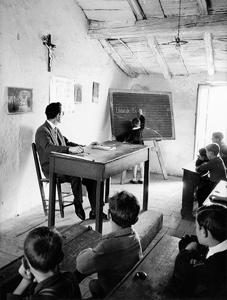 School in Rocca Imperiale (Calabria), 1954