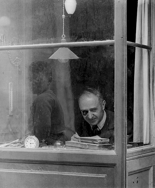 Courteous watchmaker, 1951