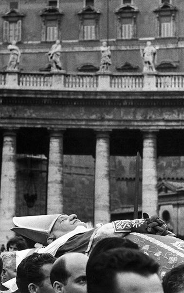 Rome. Funeral of pope John XXIII, 1963
