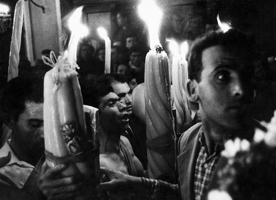 Enzo Sellerio, Trecastagni. Festa dei Santi Alfio, Cirino e Filadelfo, 1963