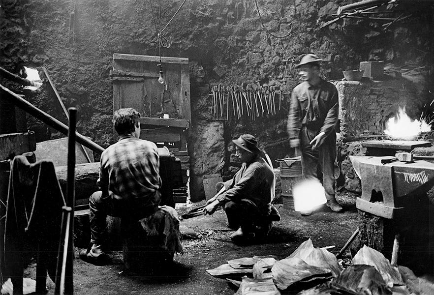 Smithy in Clavezzo, 1963