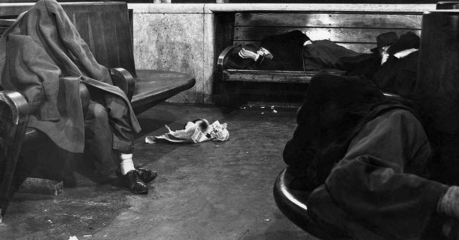 Gianni Berengo Gardin, Waiting Hall, 1954
