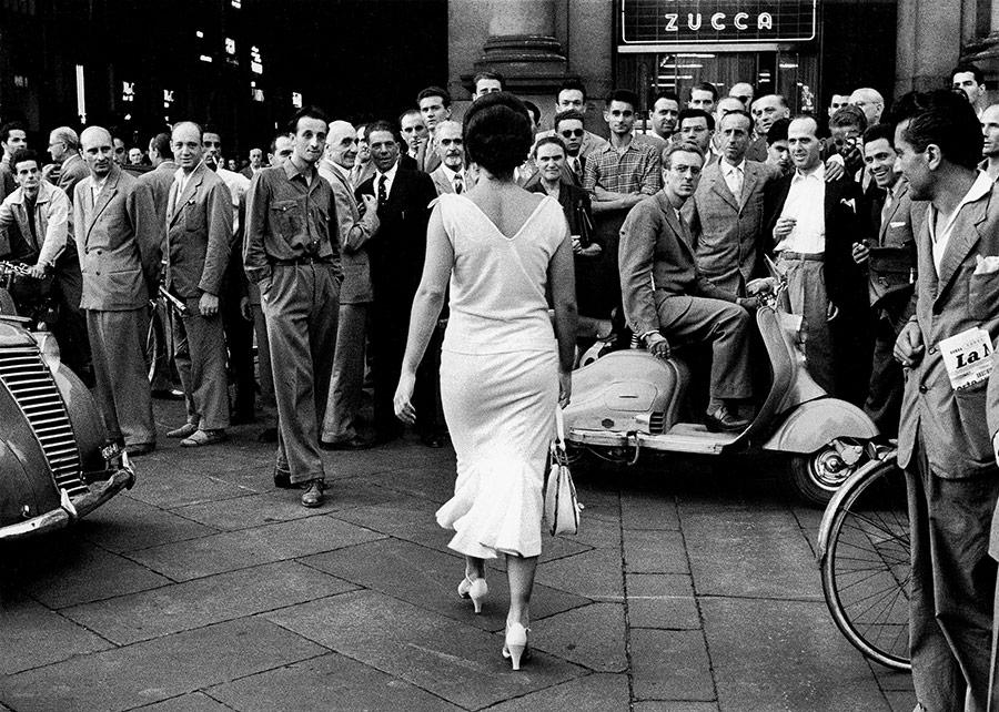 gli-italiani-si-voltano-italians-turn-around-1954